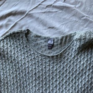 JCPenney gray sweater size m.